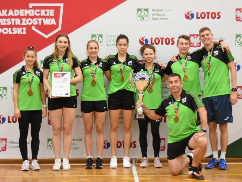 AMP w Badmintonie – Finał